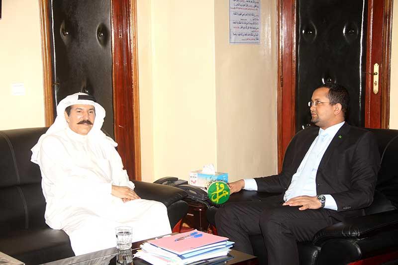 Le ministre des aieo avec l'ambassadeur kowietien